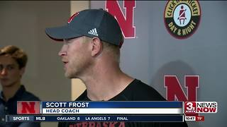 Scott Frost emphasizing stretching