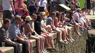 Scores of Londoners hit Richmond for hottest Bank Holiday on record - Video