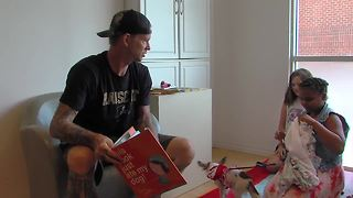 2x World Series Winning AJ Burnett and other notable celebrities read to kids in Baltimore County - Video