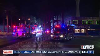 Vacant hotel catches fire in downtown Las Vegas - Video
