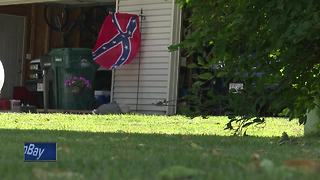 Family flies Confederate flag in Howard - Video