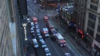 Emergency Services Rush to New York's Port Authority After Explosion - Video