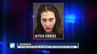 Woman in custody after Warren police chase ends in fatal crash in Detroit - Video