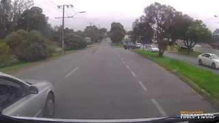 Driver With Road Rage Attempts to Reverse Into His Enemy, Fails Miserably - Video