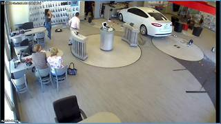 Video shows driver plowing into Verizon store in Tempe