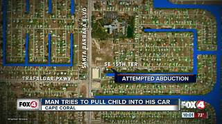 Man Tries to Pull Child Into His Car - Video
