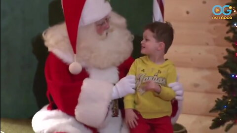 The Jolliest Man On Earth Dresses As Santa 200 Days A Year