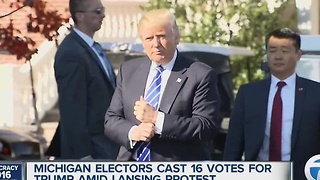 Michigan electors cast 16 votes from Trump - Video