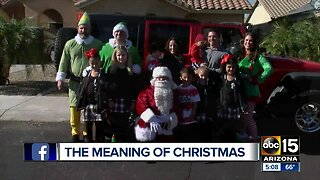 Peoria firefighters family surprised by community with Christmas gifts