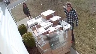 Would-be porch pirates caught on security camera - Video