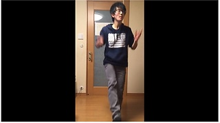 World Record Holder For Finger-Snapping Snaps Along To Japanese Song - Video
