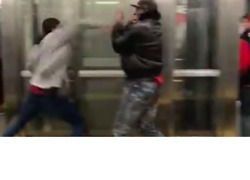 Man Attacked After Allegedly Hitting Woman at Bronx Subway Station - Video