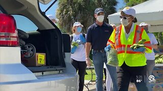 Schumacher Automotive holds food drive at Dreher Park in West Palm Beach