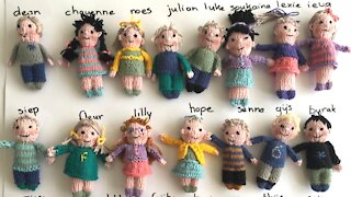School Teacher Knits Dolls Of Her Students