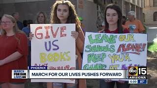 Students send message to Arizona governor - Video