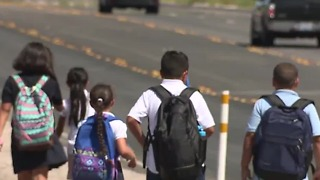 Parents worried about safety at new Las Vegas elementary school