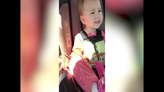 Talkative Little Girl won't let Brother Sleep - Video