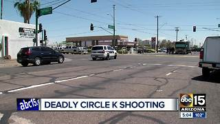 Victim dead after Circle K robbery near 19th Avenue and Grant in Phoenix - Video