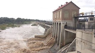Heavy Rain Waters Rush Through Oklahoma City Dam - Video