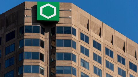 Desjardins Montreal Is Hiring & All You Need Is A High School Diploma To Get Full Benefits
