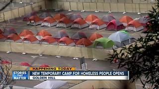 New temporary camp for homeless people opens in San Diego - Video
