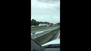 Florida residents head north while fleeing Hurricane Irma - Video