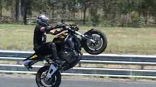 Aussie Stunt Man Does Impressive Tricks - Video