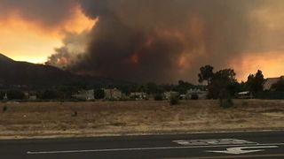 Canyon Fire in Southern California Prompts Hundreds to Evacuate - Video