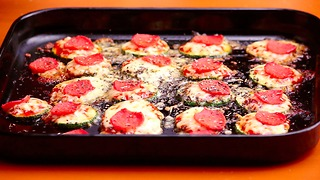 Zucchini is nice and healthy, but when you make mini pizza with them, it's DELICIOUS - Video