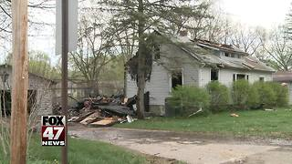 Several pets killed in house fire - Video