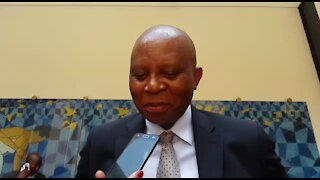 UPDATE 1: Democratic Alliance vows to defend Joburg mayor from ouster (ZWr)
