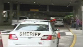 Heavy police presence at Palm Beach International Airport - Video
