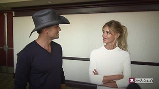 Tim McGraw and Faith Hill celebrate their 20th anniversary | Rare Country - Video