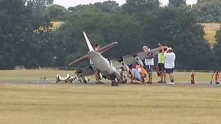 Large Model Plane Crash - Video