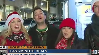 Local shoppers scramble for last-minute deals - Video