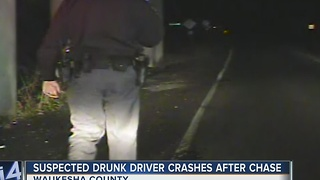 Suspected drunk driver crashes after chase in Waukesha - Video