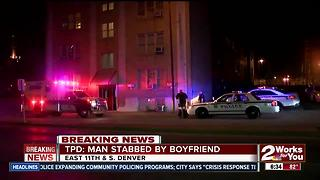 Man in custody afer stabbing his boyfriend - Video
