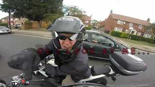 "Motorcyclist Gives ""Passionate"" Advice to Learner Driver - Video"