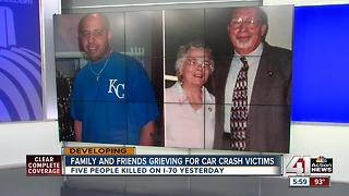 Family and friends grieving for car crash victims - Video