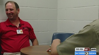 Youth prison mentor program helps teens get back on track - Video