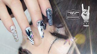 How to mix glitter for nail art