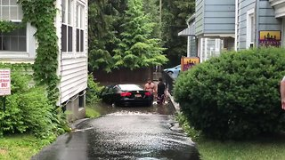 Flash Floods Submerge Cars and Flood Basements in Albany - Video