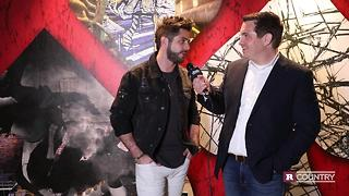 Thomas Rhett prepares for fatherhood | Rare Country - Video