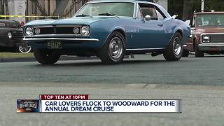 Cruisers hit Woodward ahead of the Dream Cruise - Video