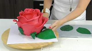 Giant rose cake - Video