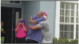 Generous Father Surprises College Daughter With Her First Car - Video