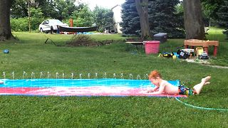 12 epic slip and slide fails in 90 seconds - Video