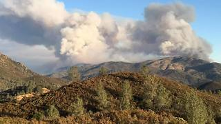 California's Detwiler Wildfire Burns 15,500 Acres - Video