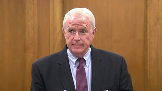 MIlw Mayor Tom Barrett condemns President Trumps comments on Charlottesville violence. - Video