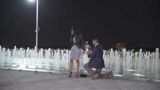 Flawless Marriage Proposal Takes Place on Detroit's RiverWalk - Video